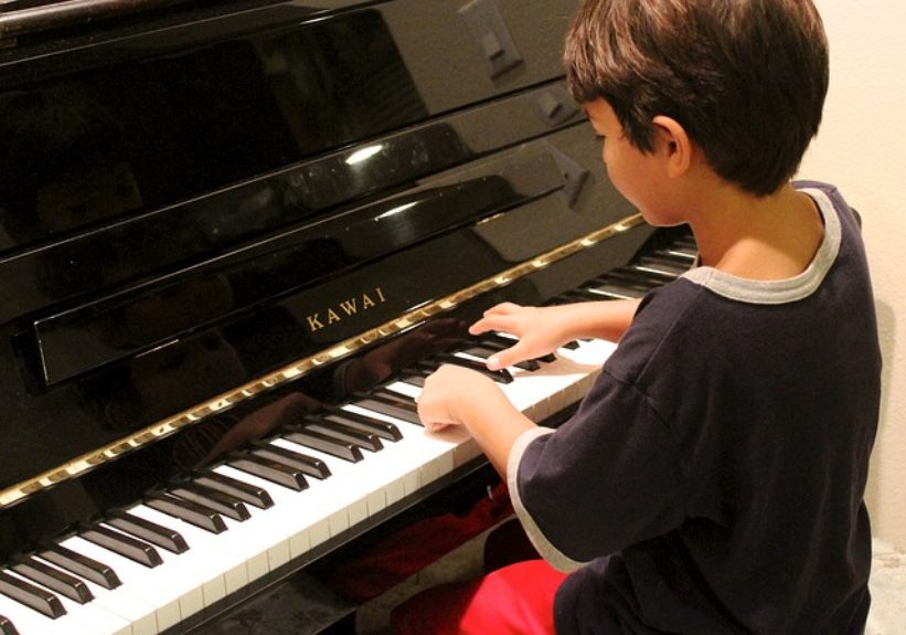 5-best-musical-instruments-for-children-to-learn